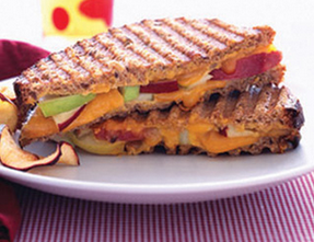 apple-cheddar panini recipe