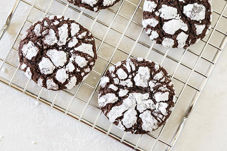 Chocolate Crinkle Cookies; Christmas cookie recipes